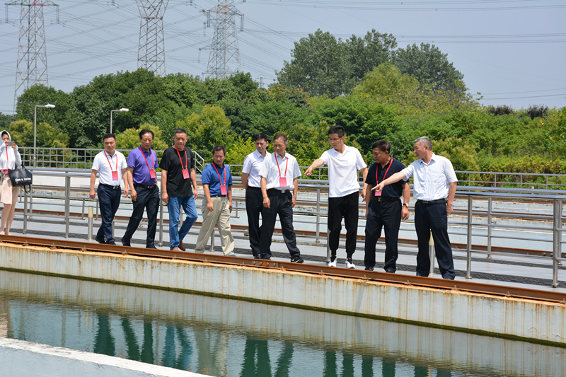 市人大代表一行至集团视察调研供水工作
